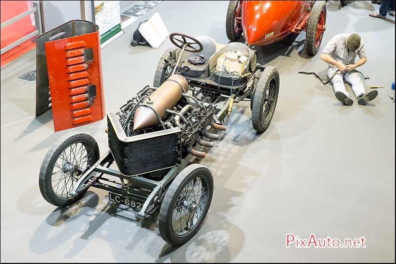 Salon Retromobile, Darracq V8 1905