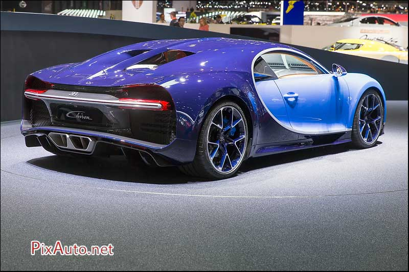86e salon de gen ve de la bugatti chiron. Black Bedroom Furniture Sets. Home Design Ideas