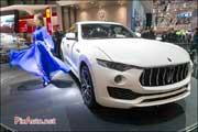 86e Salon de Geneve, Maserati Levante et hotesse