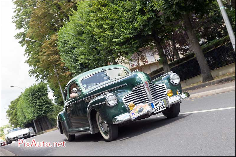 Traversee-de-Paris-Estivale, Buick Eight Sedanette 1941