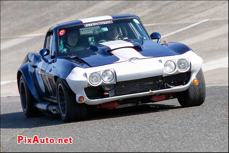 Coupes-de-Printemps, Chevrolet Corvette C2 De 1964