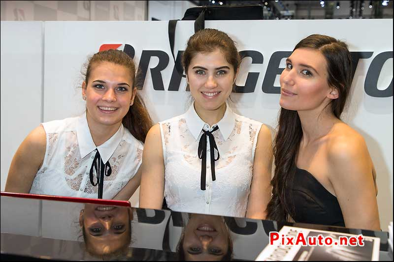 Salon-de-Geneve 2017, Hotesses Bridgestone