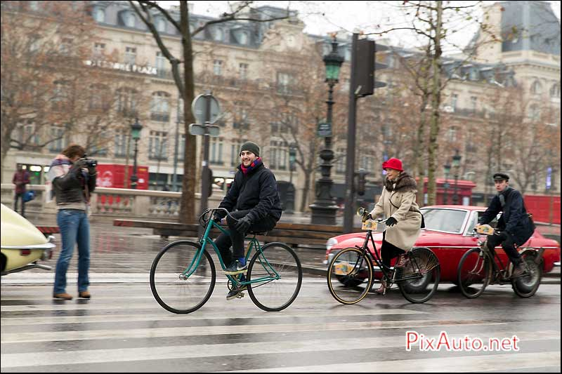Traversee-de-Paris Hivernale, Cyclistes Place De La Republique
