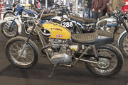 Salon Moto Legende 2018, Triumph T140 Flat-Tracker Strongbow